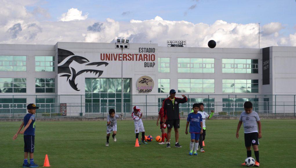 El Centro de Formación Lobos BUAP abre inscripción al curso de fútbol