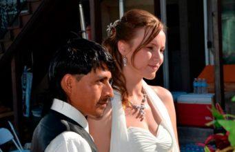 La verdadera historia detrás de las fotos de esta boda viral