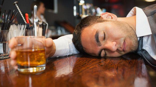 Borracho sin una gota de alcohol, su cuerpo producía cerveza