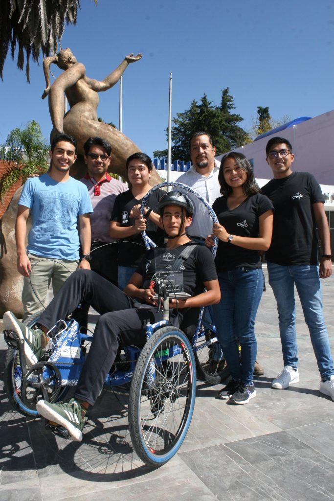 Estudiantes BUAP ganan primer lugar en Human Powered Vehicle Challenge