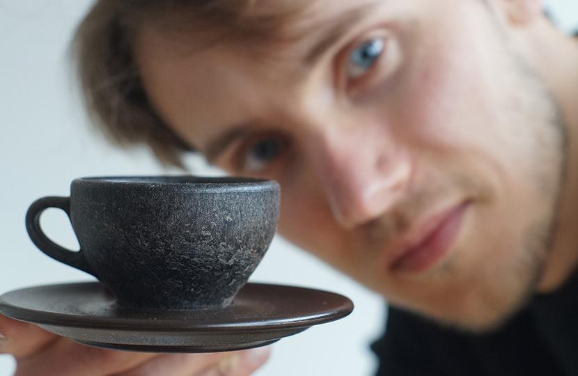 Ya existen tazas hechas de residuos de café