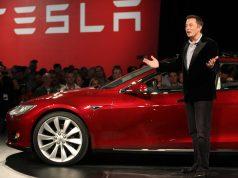 Caos, compañerismo y fallas: así es el trabajo en Tesla