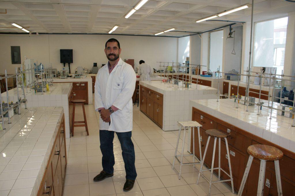Investigadores BUAP extienden vida útil de los jugos con tecnología