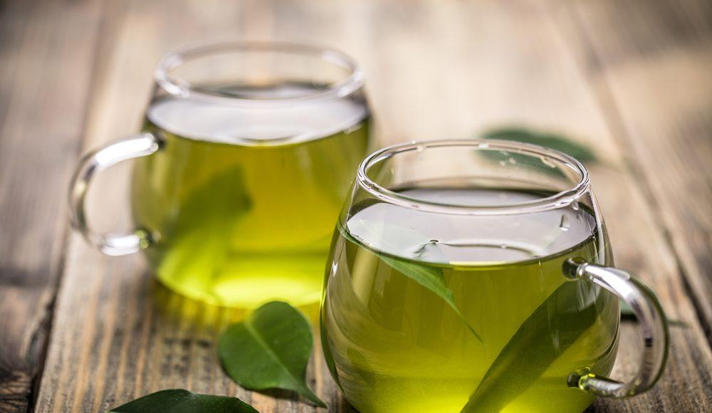 Té verde, una alternativa menos dañina para combatir la caries dental